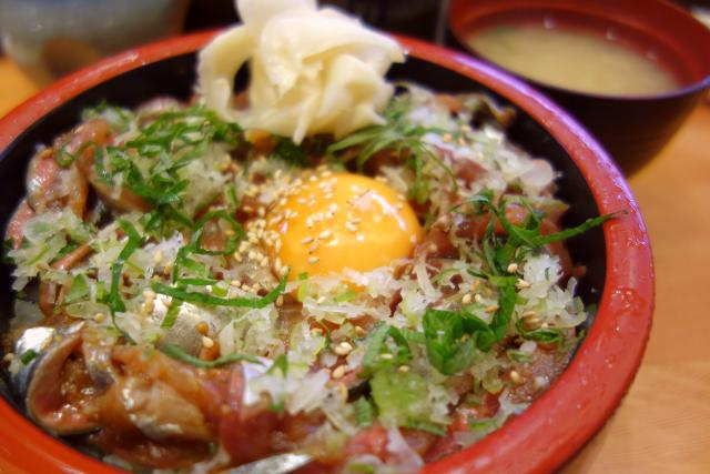秋刀魚たたき丼