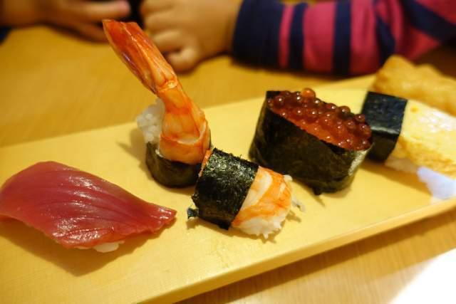 凧ずしのお子様寿司