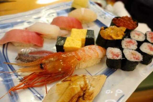 凧ずしの寿司盛り松