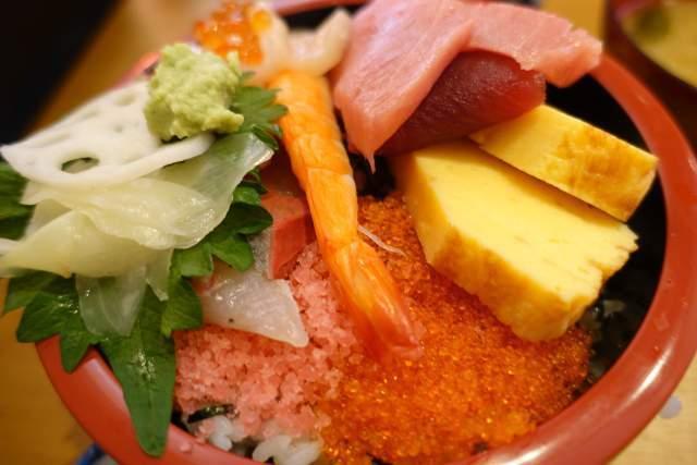 三友蓮の上海鮮チラシ寿司(裏側)