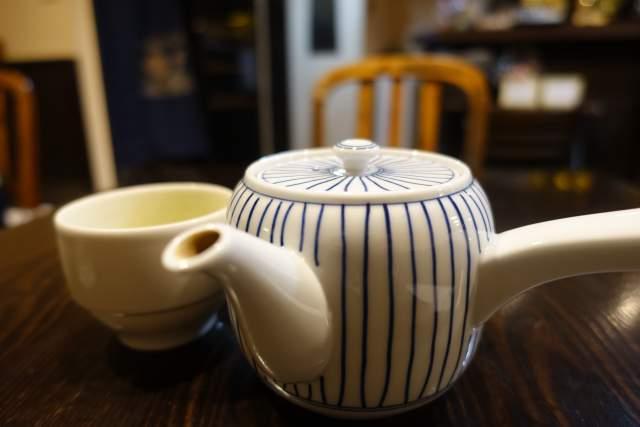 咲らの急須とお茶