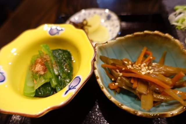 咲らの小鉢とお漬物