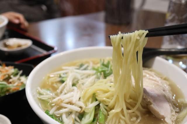 金蘭の麺リフト